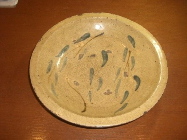 「小山美術」より 瀬戸の焼き物【柳図 石皿】  《江戸時代・後期》 のご紹介